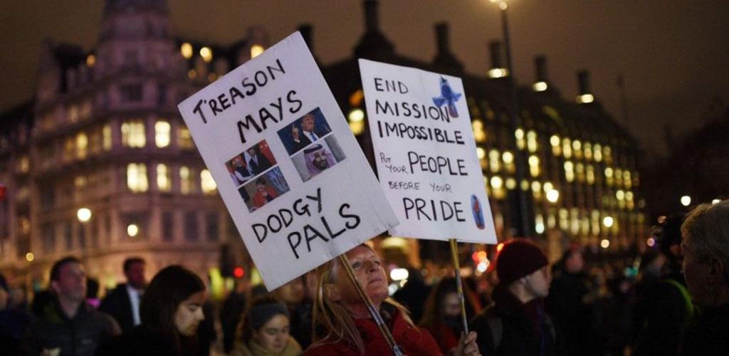 """Britanijos parlamentui atmetus """"Brexit"""" sutartį, Lietuva laukia žinių iš Londono"""