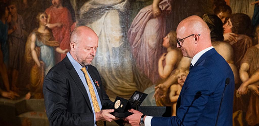 Vilniuje įteiktas Jono Karolio Chodkevičiaus Aukso medalis, atidengtas paminklas karvedžiui